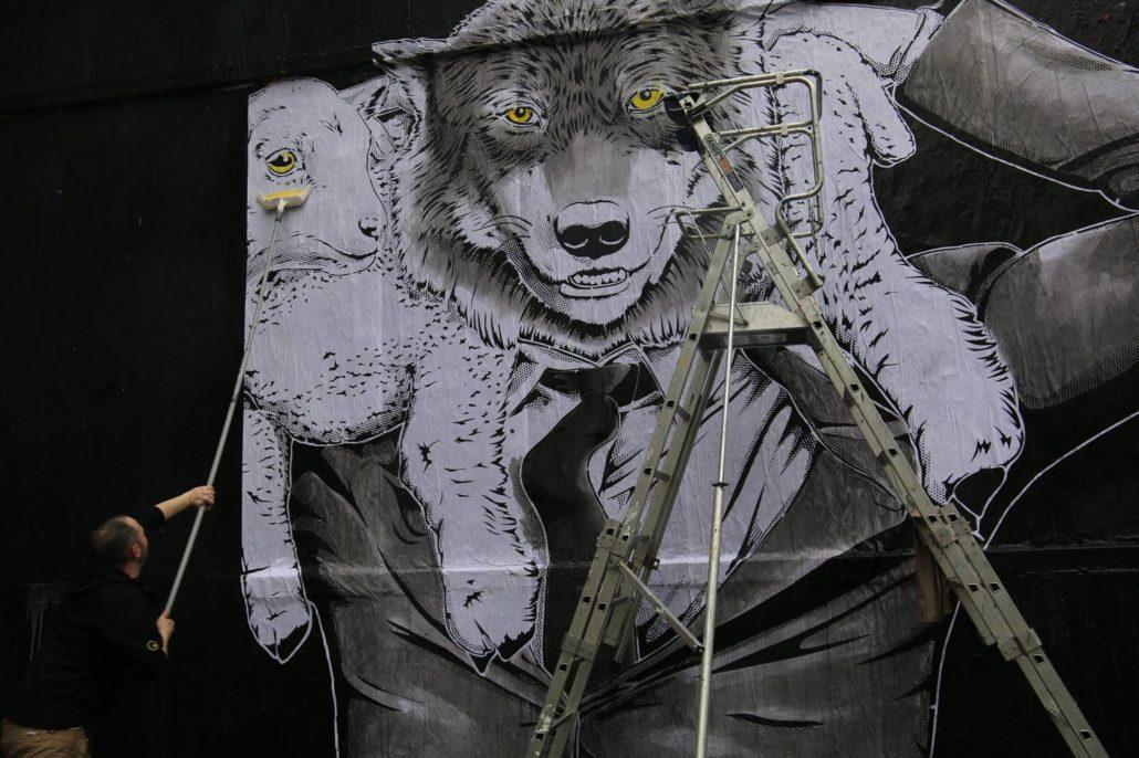 Outdoor - 2017 - Le MUR Oberkampf - Le loup et l'agneau - Détail - Crédit julie balestra